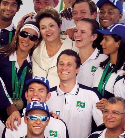 Dilma parabeniza delegação