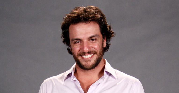 Rodrigo Lombardi elogia Francisco Cuoco
