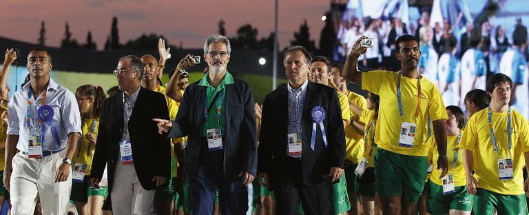 <strong>Romário</strong> e <strong>Zico</strong> pela inclusão