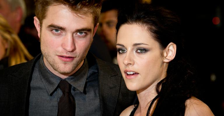 Dois anos após traição, Robert Pattinson defende Kristen Stewart: 'Acontece'