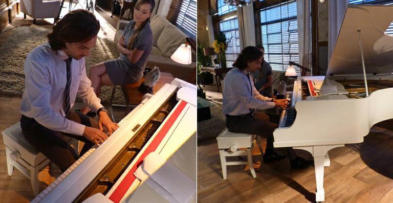 Igor Rickli toca piano nos bastidores de 'Flor do Caribe'