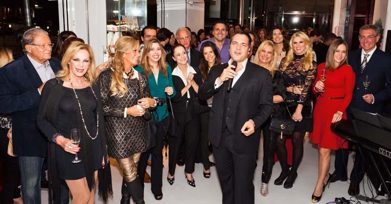 Talentoso Daniel Boaventura seduz vips em pocket show