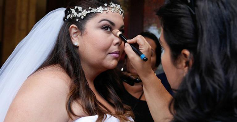 Foto: Fabiana Karla grava casamento de Perséfone / Crédito: TV Globo