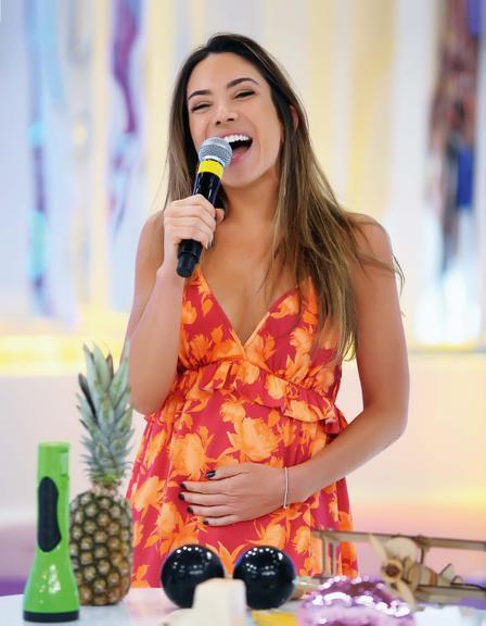 Patricia Abravanel fala da gravidez do primeiro filho no programa de Celso Po