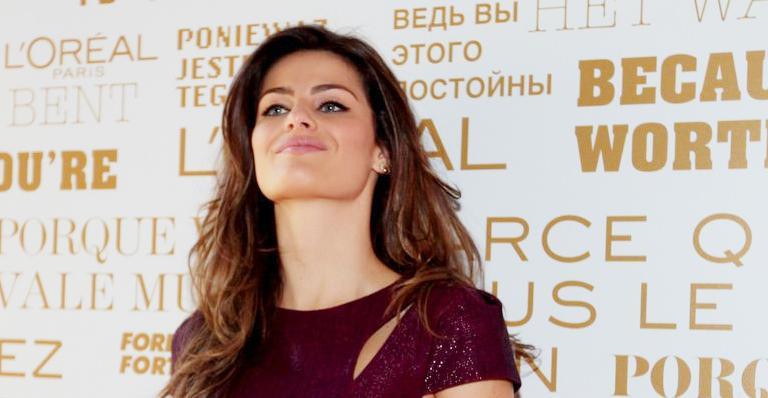 Isabeli Fontana conta como cuida de seu cabelo oleoso