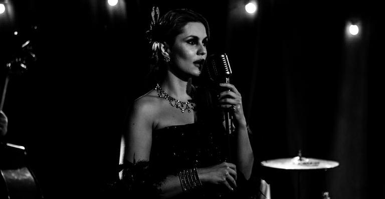 Paula Barbosa se prepara para lançar 1º álbum