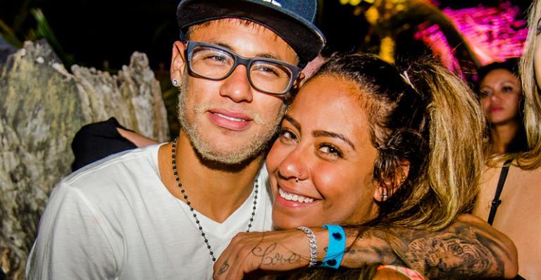 Neymar curte festa com a irmã, Rafaella, e Felipe Massa em Trancoso