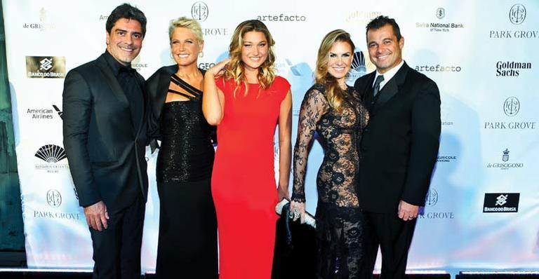 Baile de gala: Sasha rouba a cena em Miami