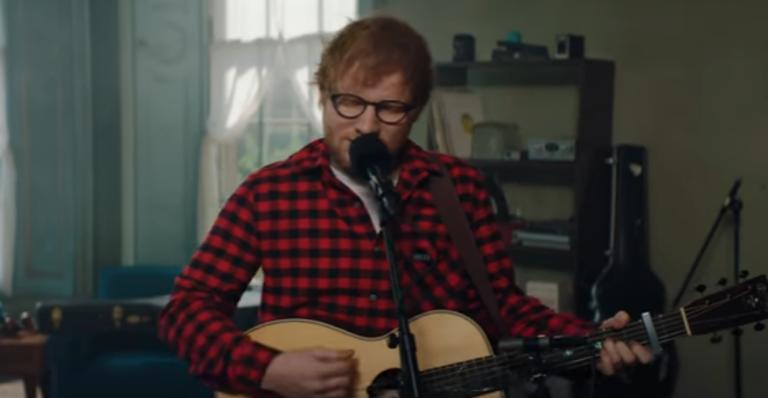 "Ed Sheeran lança clipe intimista para o novo single ""How Would You Feel (Paean)"""