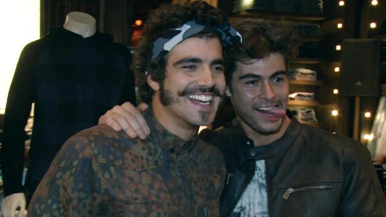 Caio Castro e Rafael Vitti: estilo e bom humor a serviço da moda