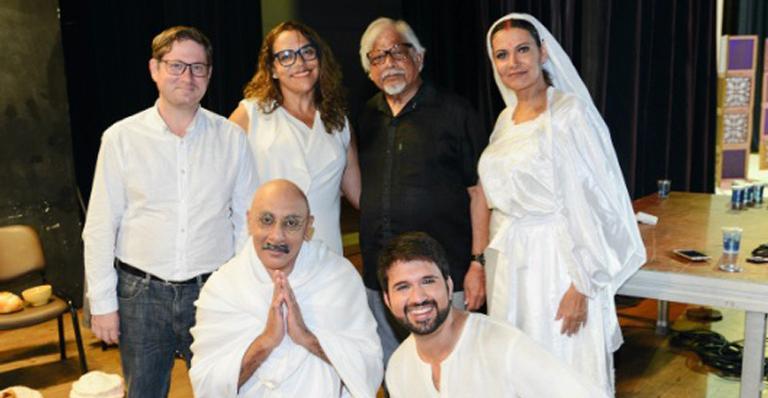 Arun Gandhi encontrou elenco de