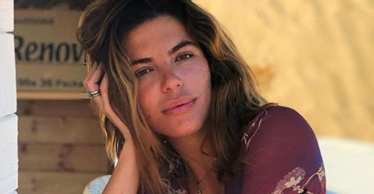 Fãs elogiaram sinal na barriga da mulher de Cauã Reymond