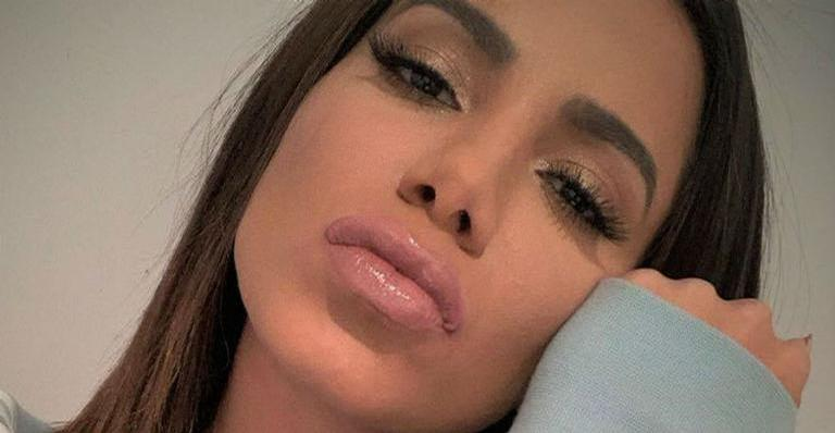 Cantora namora ex de Luana Piovani