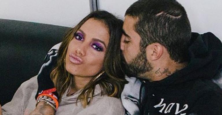 Sensitivo fala sobre namoro entre Anitta e Pedro Scooby
