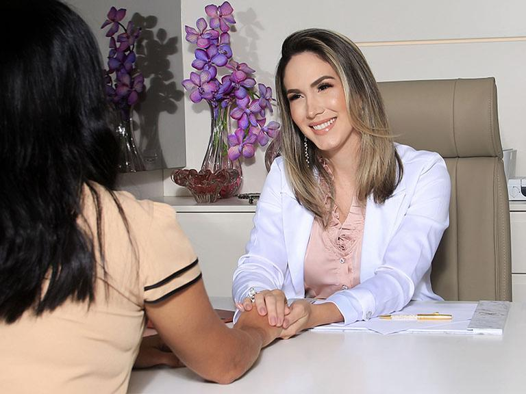 Dra. Renata Parente