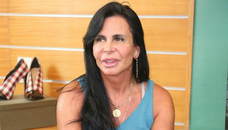 Após Rock in Rio, Gretchen parabeniza Anitta com homenagem: ''Mulher poderosa''
