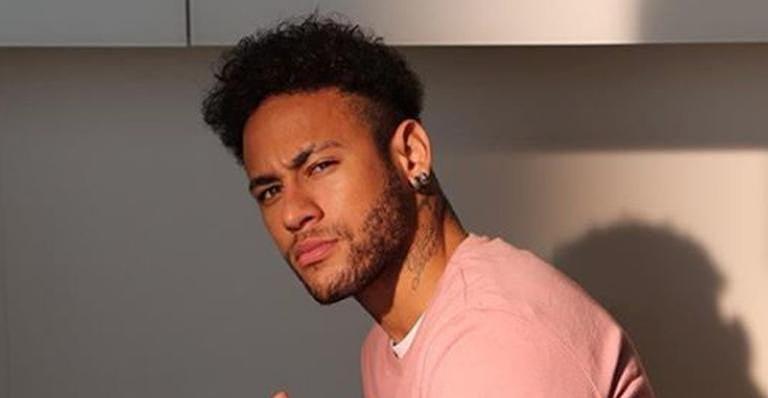 Neymar estaria se relacionando com a modelo Natalía Barulích, ex do cantor Maluma