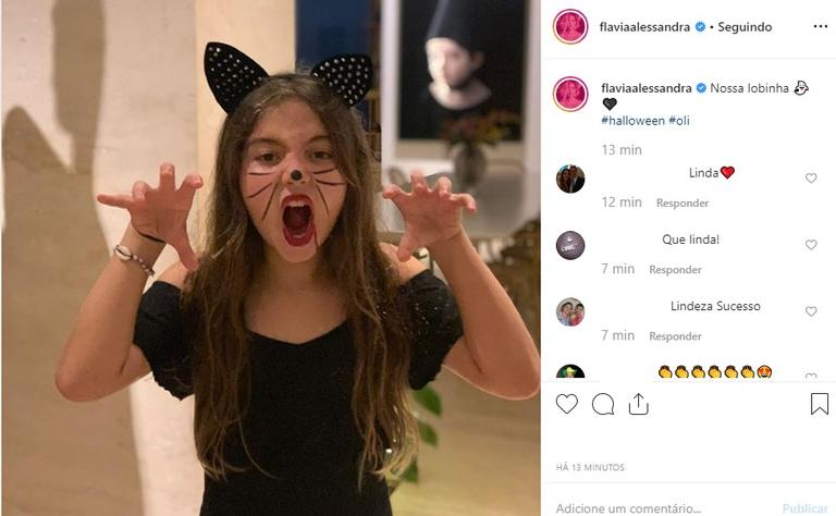 Olívia Costa no Halloween