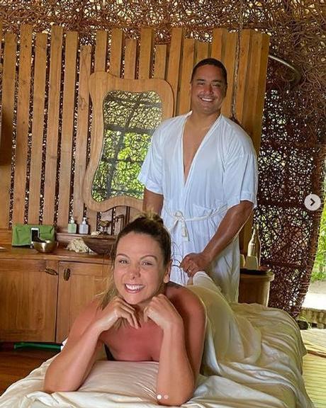 Carla Perez e Xanddy em resort
