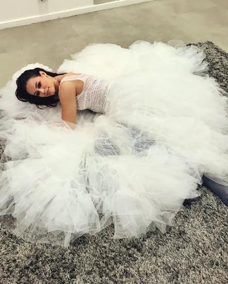 Paolla Oliveira de noiva