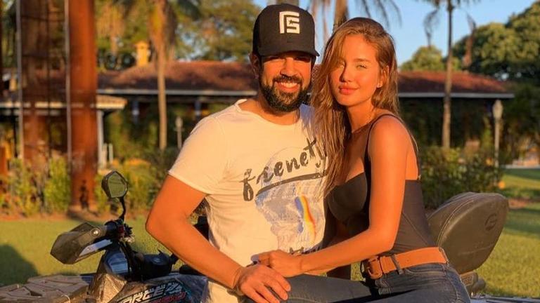 Após se casar com Biah Rodrigues, Sorocaba anuncia sexo do filho