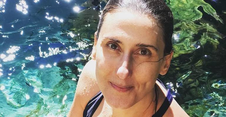 Paola Carosella reflete sobre o aniversário de 47 anos e recebe elogios