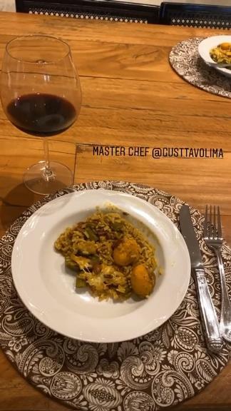 Andressa Suita ganha jantar romântico de Gusttavo Lima