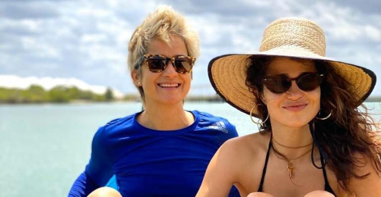 Nanda Costa encanta web ao prestar bela homenagem à esposa Lan Lanh