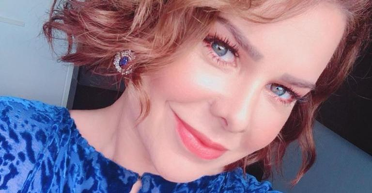 Mesmo suada, Fernanda Souza esbanja beleza na academia: ''Gatíssima''