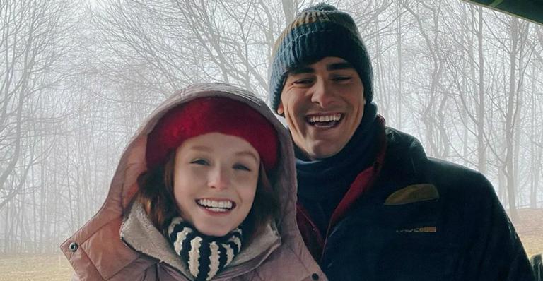 Larissa Manoela e Bruno Montaleone vivem par romântico no filme Diários de Intercâmbio