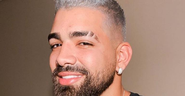 Dilsinho lamenta morte de cunhado nas redes sociais durante o Carnaval e emociona os fãs