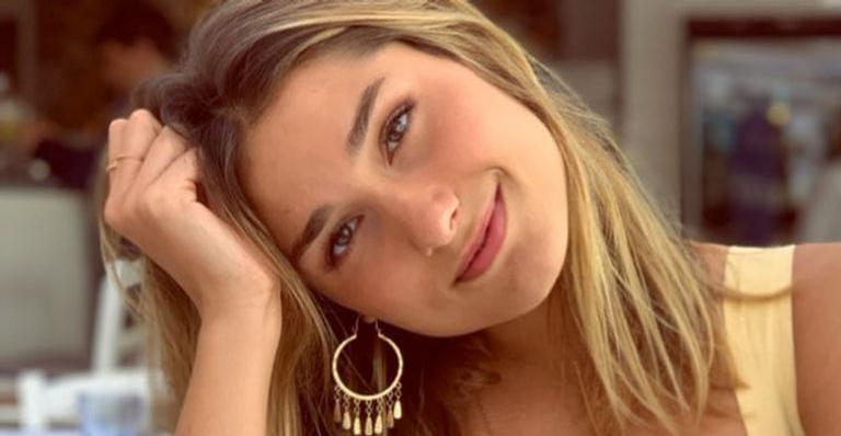 Sasha Meneghel surpreende ao surgir toda estilosa: ''Que loira linda!''
