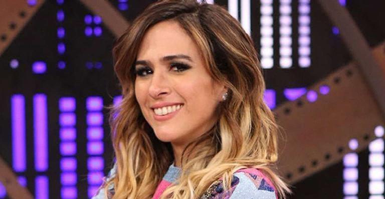 Claudia Raia conversa com Tatá Werneck no programa 'Lady Night'