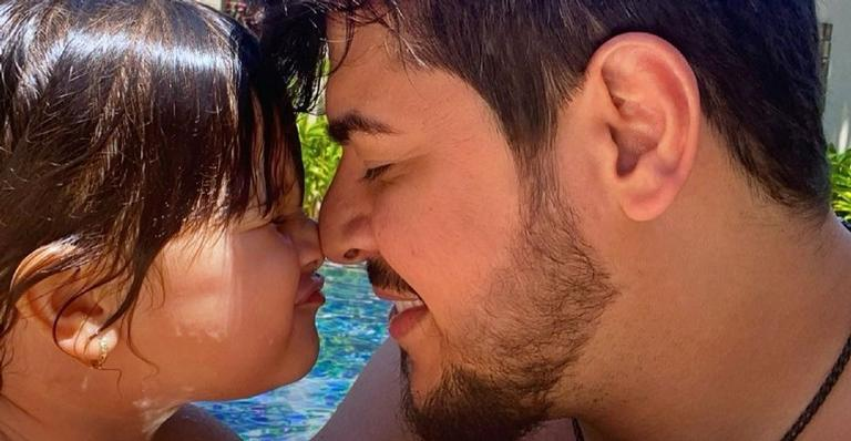 Pietra, filha de 2 anos de Cristiano e Paula Vaccari, rouba a cena nas redes ao falar sobre o 'toronavírus'