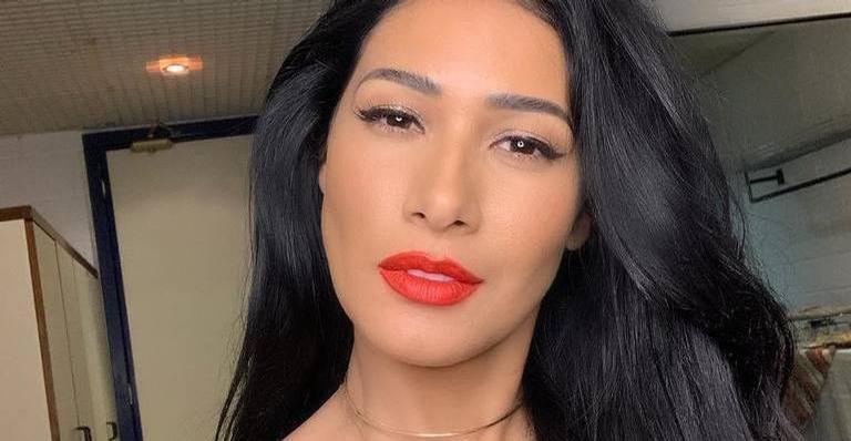 Simaria mostrou a beleza na web