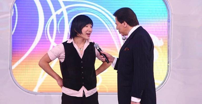 Pyong Lee postou fotos ao lado do apresentador Silvio Santos