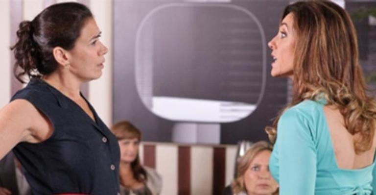 Griselda acusa Tereza Cristina de ter cometido crime em 'Fina Estampa'