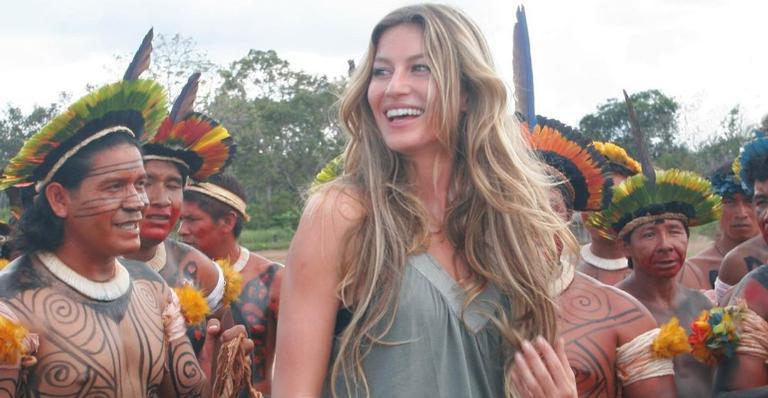 Gisele Bündchen relembra visita à aldeia indígena em 2004: ''Impacto das sementes que plantamos''