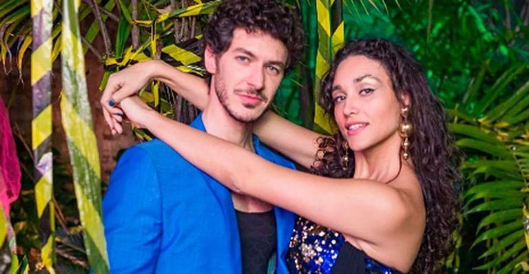 Após 11 meses juntos, Débora Nascimento termina romance com dermatologista