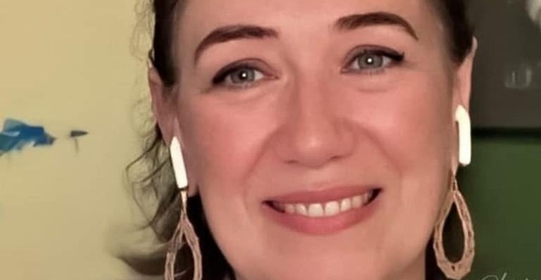 Lilia Cabral encanta internautas ao compartilhar foto antiga ao lado de Cássia Kis