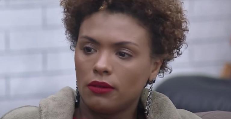 A Fazenda: Lidi Lisboa critica Luiza Ambiel: ''Ela tá se sentindo a rainha da cocada''