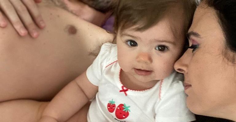 Tatá Werneck encanta ao postar cliques fofos da filha, Clara Maria: ''Te amo minha deusa''