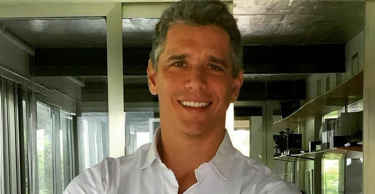 Marcio Garcia fala sobre estado de saúde do pai: ''Voltando a respirar sozinho''