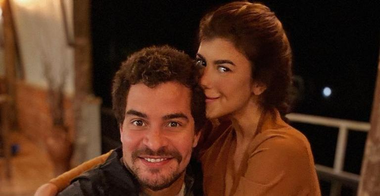 Thiago Martins reata namoro com professora de ioga, diz jornal