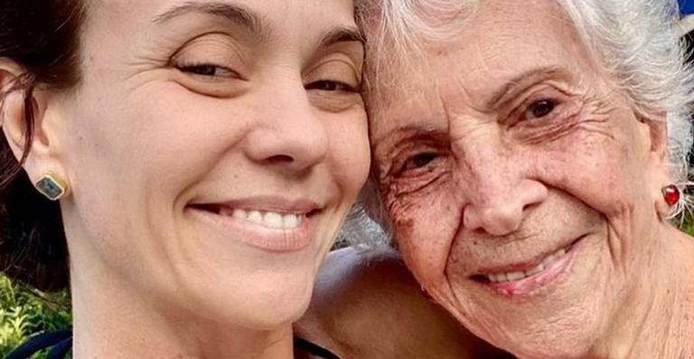 Aos 95 anos, avó de Flávia Monteiro é vacinada contra Covid-19: ''Finalmente''