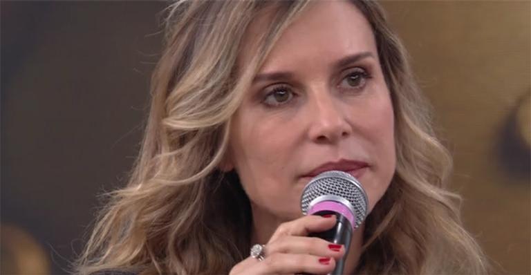 Paula Burlamaqui radicaliza visual para nova novela da Globo