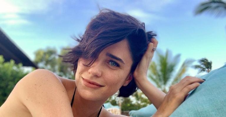 Fernanda Vasconcellos resgata registro belíssimo nos bastidores de 'A Vida da Gente'