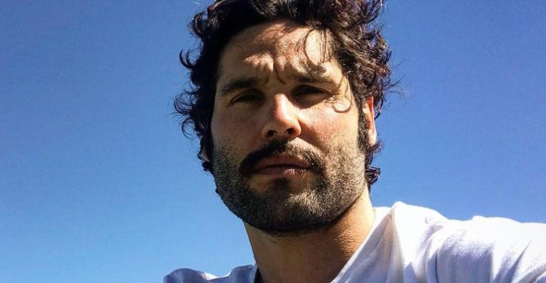 Dudu Azevedo lamenta morte de Paulo Gustavo e desabafa sobre pandemia: ''Estamos todos adoecendo''