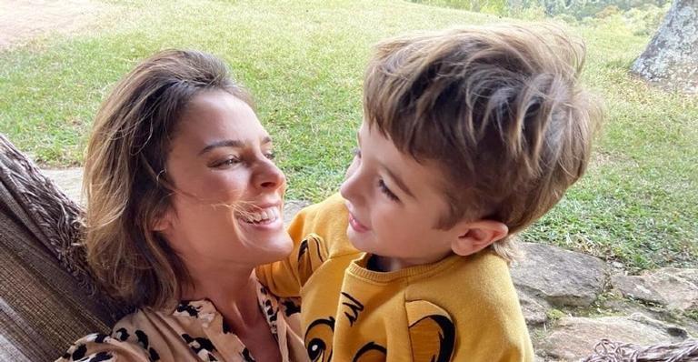 Mãe-coruja! Rafa Brites posta foto belíssima do filho e brinca: ''Mini model''