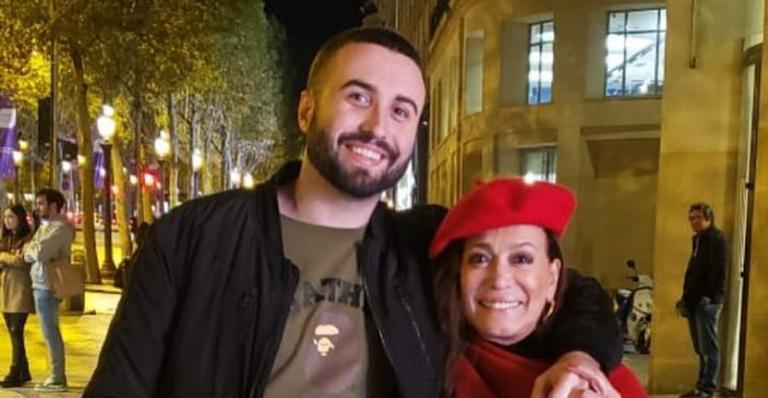 Susana Vieira emociona seguidores ao celebrar os 25 anos de seu neto, Rafael